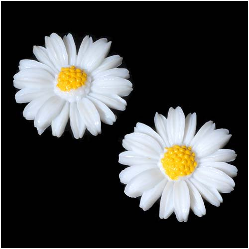 (Beadaholique Vintage Look Lucite Cabochon Carved White Flower 25mm (2))