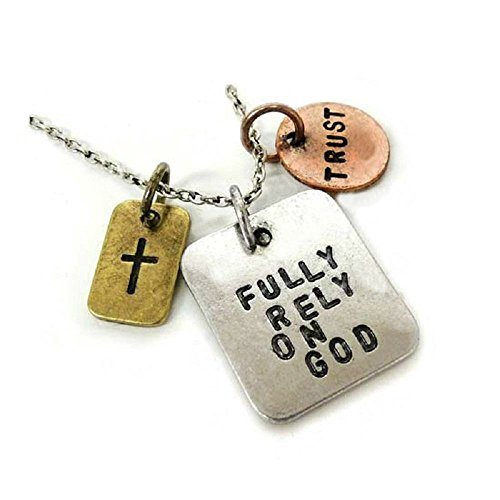 Price comparison product image Silver-Tone 'Fully Rely On God' 'Trust' Engraved Pendant Necklace 2.5 x 2.5cm With 18 Inch Chain Crucifix