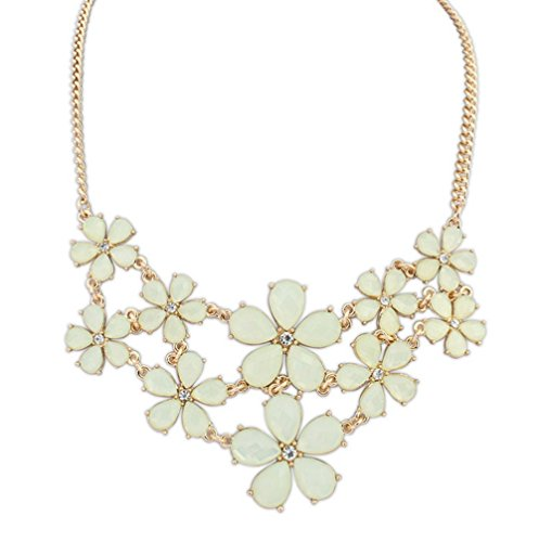 Winter's Secret Easy Dressing Small Sweet Pure Fresh Yellow Flowers Female Statement Necklace - Mounted Choke Cable