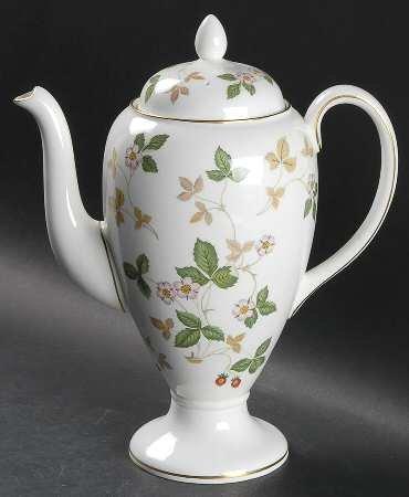 Wedgwood Wild Strawberry (Bone) Coffee Pot & Lid, Fine China Dinnerware ()