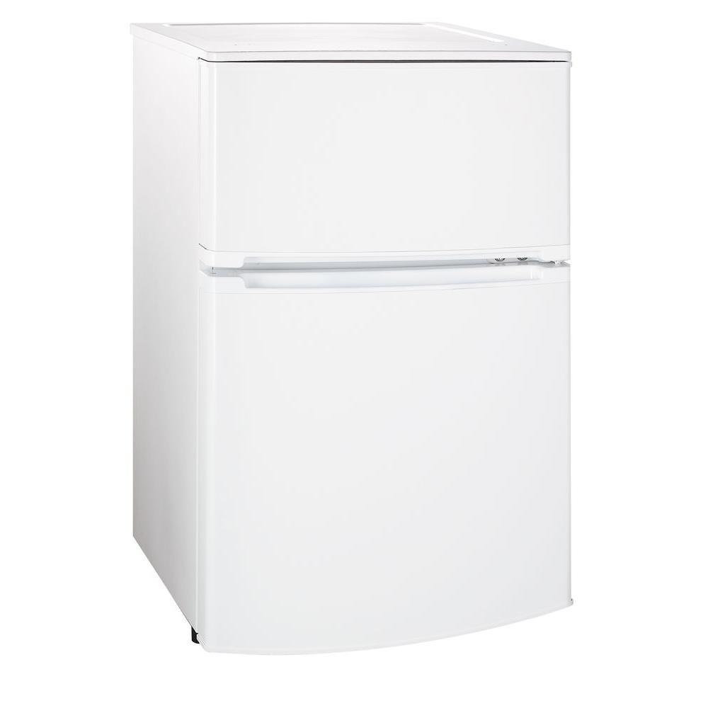 Magic Chef 3.1 cu. ft. Mini Refrigerator in White