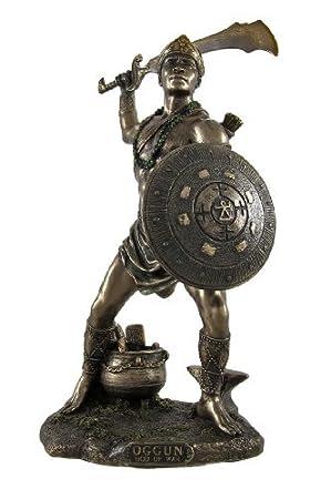 Estatua de Oggún, Dios de la Guerra, los metales y la caza