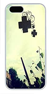 iPhone 5S Case and Cover -Plus PC case Cover for iPhone 5 and iPhone 5s ¨C White