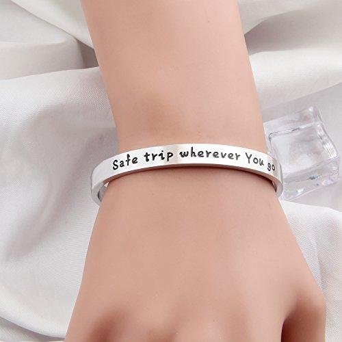 MAOFAED Safe Travels Cuff Bracelet , Aviation Jewelry ,Flight Attendant Gift,Traveler Gift (Silver-7mm)