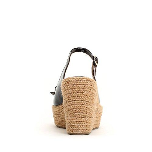 ALESYA by Scarpe&Scarpe - Plataformas de charol con moño, de Piel Negro