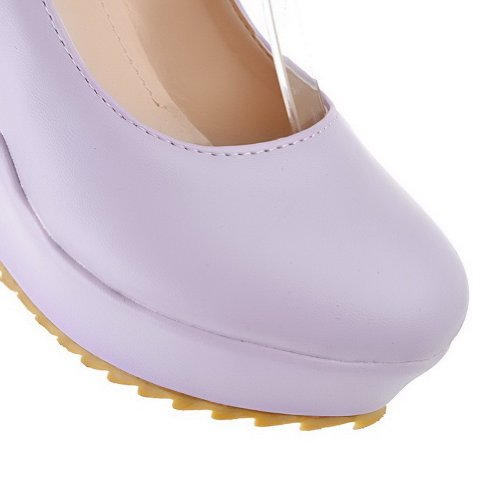 VogueZone009 Womens Closed Round Toe High Heel Wedge PU Solid Pumps with Metal Buckles and Metal Chain Purple 5D3rFmj