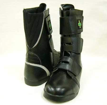 安全靴 半長靴 WORK WAVE セーフティマジック G3200 黒