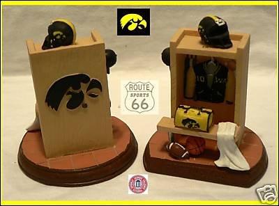 TAILGATORS Iowa Hawkeyes NCAA Football Basketball Baseball Locker Room Figure Figurine