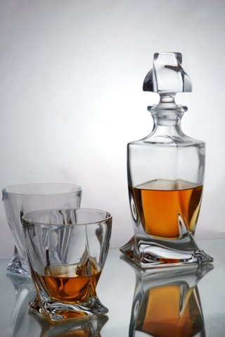 quadro 5piece whisky decanter set in forever crystal satin box amazoncouk kitchen u0026 home - Whisky Decanter