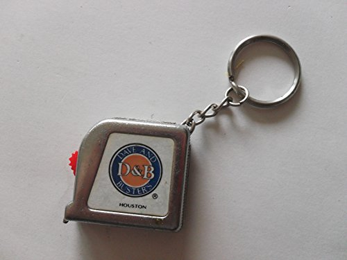 dave-and-buster-metal-key-chain-tape-measure-one-piece