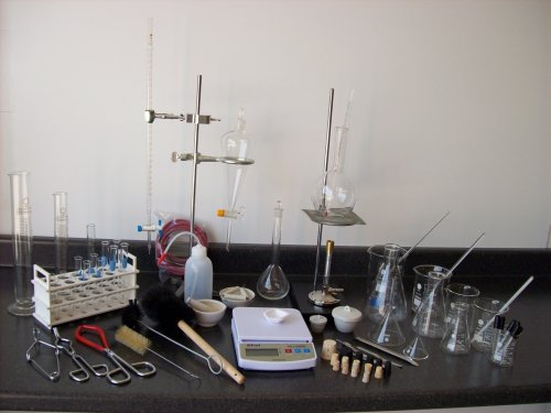 Professional Chemistry Laboratory Set by Best Science Supplies