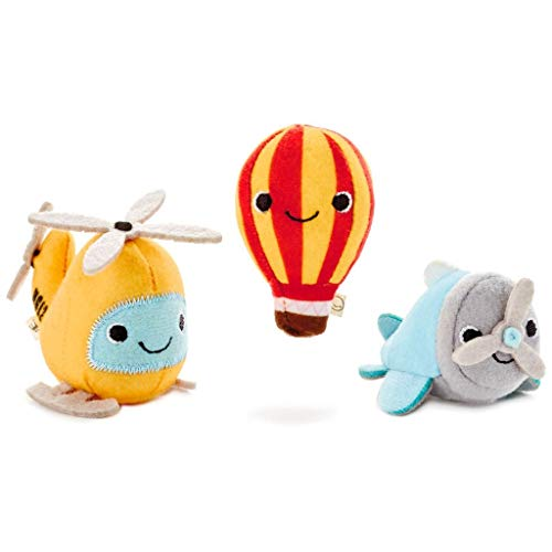 Hallmark Happy Go Luckys Happy Pack Wings & Things ()