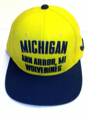 - University of Michigan Wovlerines Flat Visor Flex Adidas Hat Size L/XL - TW66Z
