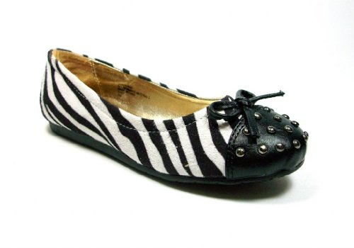 irls Black & White Zebra Stripe Mary Jane Flats feat Studded Cap Toe (Studded Toe Cap)