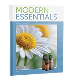 Modern essentials a contemporary guide to the therapeutic use of modern essentials a contemporary guide to the therapeutic use of essential oils 7th edition oct 2015 aroma tools 9781937702397 amazon books fandeluxe Images