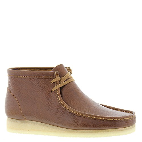 (CLARKS Men's Wallabee Boot Tan Tumbled Leather Boot)