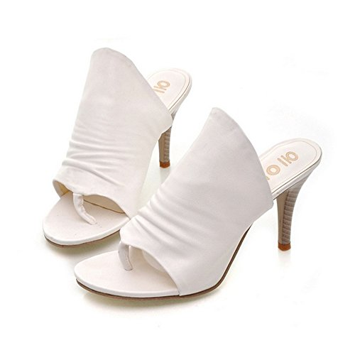 (F1rst Rate Women's Cambria Pump White)