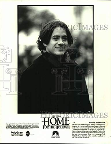 1995 Press Photo Actor Robert Downey, Jr. in Home for The Holidays Movie