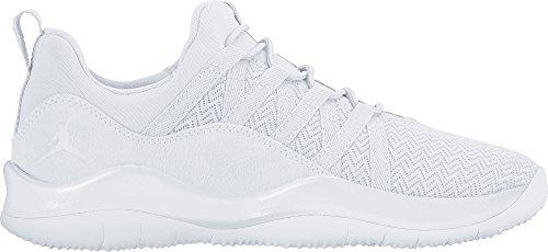 Jordan 844371-100 : Girls Deca Fly Basketball Shoe White/White (7 M US Big Kid)