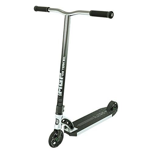 (Madd Gear VX8 Team Pro Scooter)