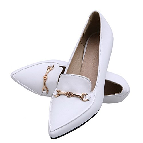 Allhqfashion Damesschoenen Solid Pu Kitten-hakken Pull-on Closed-toe Pumps-schoenen Wit