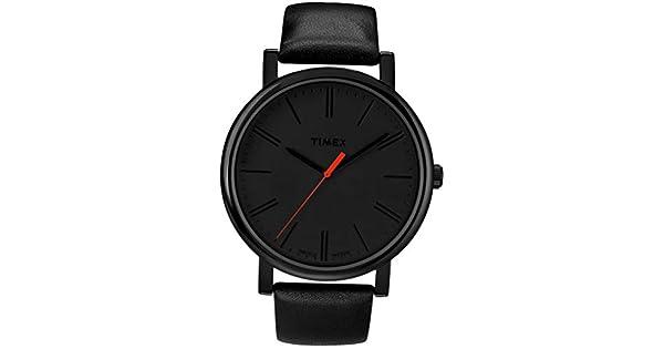 766d31ac0c0a Timex Men s Easy Reader T2N794 Black Leather Quartz Fashion Watch  Timex   Amazon.com.mx  Relojes