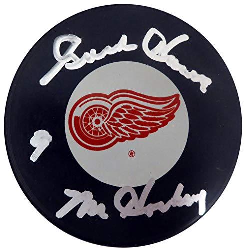 Howe Puck Gordie Autographed - Gordie Howe Autographed Detroit Red Wings Hockey Puck