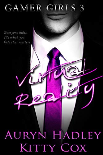 Virtual Reality (Gamer Girls Book - Girl Spicy