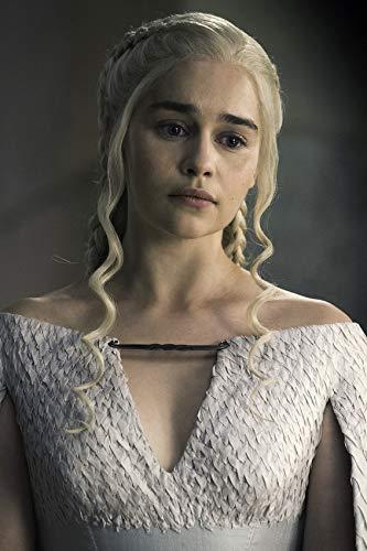 Amazon Com Emilia Clarke In Game Of Thrones In White Dress