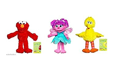 Amazon Com Sesame Street Set Of 3 Plush Toys 9 Inches Elmo