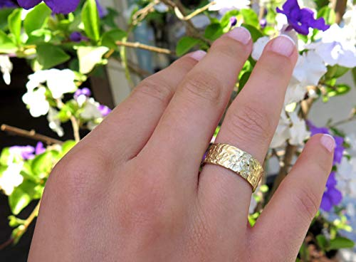 (Women Rustic Wedding Band, Unique Wide Hammered Ring Handmade of 14k Yellow, Rose or White Gold, Unisex Textured Wedding Ring)