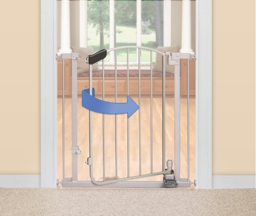 Summer Infant 27190 Step to Open Baby/Pet Metal Pressure Mount Gate, Silver (3...
