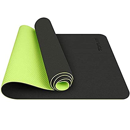 899910fb3 Amazon.com  HONGNA GoYoga All-Purpose 1 2-Inch Extra Thick High Density Anti-Tear  Exercise Yoga Mat with Carrying Strap (Color   Black