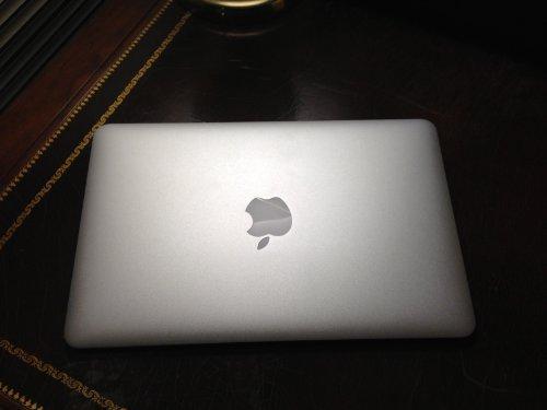 MacBook 11 Inch MC506LL Storage GeForce