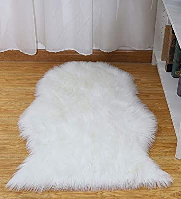 Junovo Luxury Fluffy Faux Sheepskin Area Rug for Living Room Bedroom Couch Sofa Armchair Home Decor Nursery Carpet …