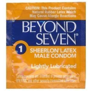 (Okamoto BEYOND SEVEN Condoms - 100 condoms by OKAMOTO)