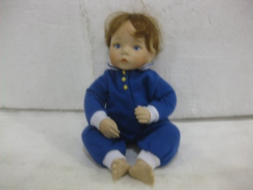 McMemories 12 Inch Porcelain Doll You Deserve A Break Today First Issue In McDonald's 'n' Me Collection By Dianna Effner