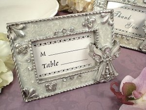 DLusso Designs D1406 Angel Placecard Frame White Epoxy, Pack Of - 4. by D'Lusso Designs