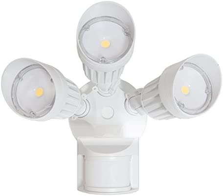 Maxxima 3 Head Outdoor LED Security Light, 30W, 2700 Lumens, Motion Sensor, Photocell Sensor, White, 5000K