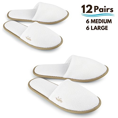 BERGMAN KELLY Spa Slippers, Closed Toe (White, Cocoa Trim, 12 Pairs- 6 Large, 6 Medium) Disposable Indoor Hotel Slippers for Men and Women, Fluffy Coral Fleece, Deluxe Padded Sole for Extra Comfort