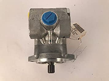 TRW Vehicular Power Steering Pump 10009158 TRW PS322415L10500