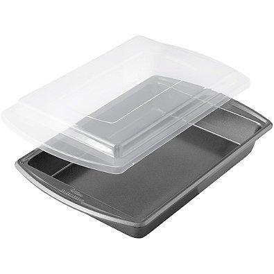 Wilton Advance - Select Nonstick 9-Inch x 13-Inch Covered Oblong Cake Pan in Gunmetal