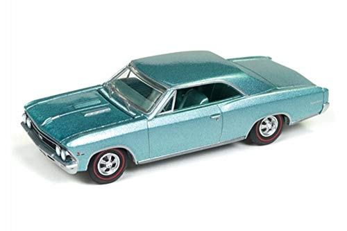 (Auto World 1967 Chevy Chevelle SS, Artisian Turquoise AWSP012/24A - 1/64 Scale Diecast Model Toy Car)