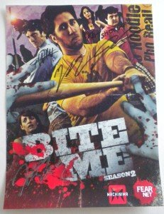 NEW Bite Me Season 2 Poster SIGNED By The Cast Wondercon 2012 12
