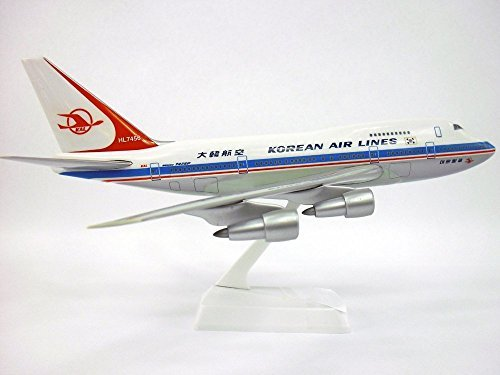 korean-air-lines-69-84-747sp-airplane-miniature-model-snap-fit-kit-1200-part-abo-747sph-006