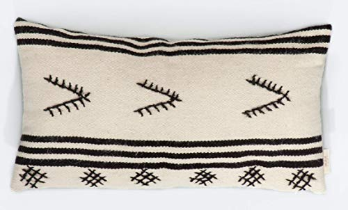 Spiaggia - Hand Embroidered Hand-Woven Wool Pillow Cover Made Of High Quality Durable THICK Wool ()