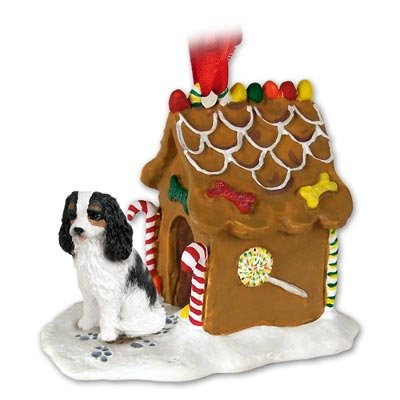 (CAVALIER KING CHARLES SPANIEL Dog Tri-Colored NEW Resin GINGERBREAD HOUSE Christmas Ornament 80B)