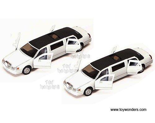 Lincoln Town Car Stretch Limousine (1999, 1/38 Scale Diecast Model Car, White) 1 Vehicle Per ()
