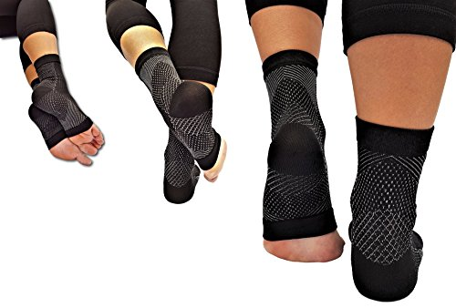 RiptGear Plantar Fasciitis Socks for Women and Men - 1 Pair Plantar Fasciitis Sleeves for Heel and Foot Pain with Ankle Compression - Small by RiptGear (Image #7)