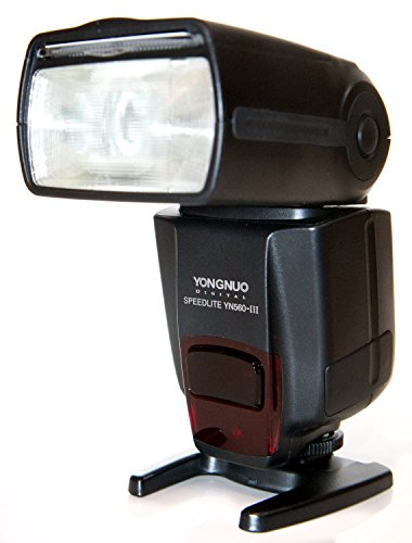 Price comparison product image Yongnuo YN560-III-USA Speedlite Flash with Integrated 2.4-GHz Receiver for Canon,  Nikon,  Pentax,  Olympus,  GN58,  US Warranty (Black)
